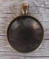 Metall-Anhänger mit Cabochon - rund bronze